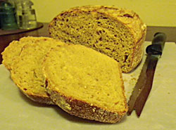 No-Knead Anadama bread from stoneware sliced