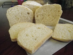 White Sandwich Bread - No-Knead bread loaf sliced