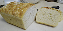 Potato White Bread Loaf No-Knead sliced